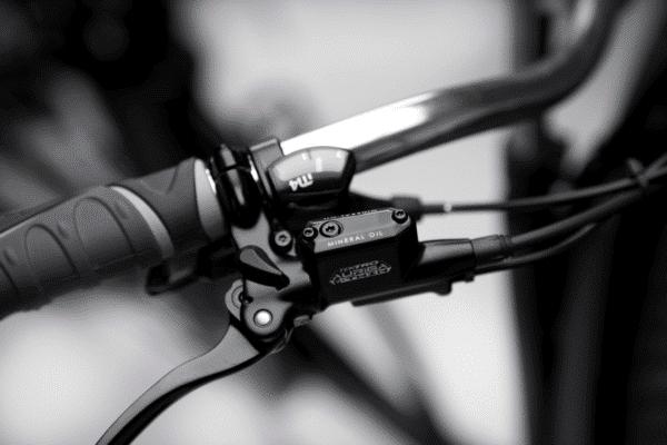 Venstre styr Premium Black el ladcykel Dreambikes