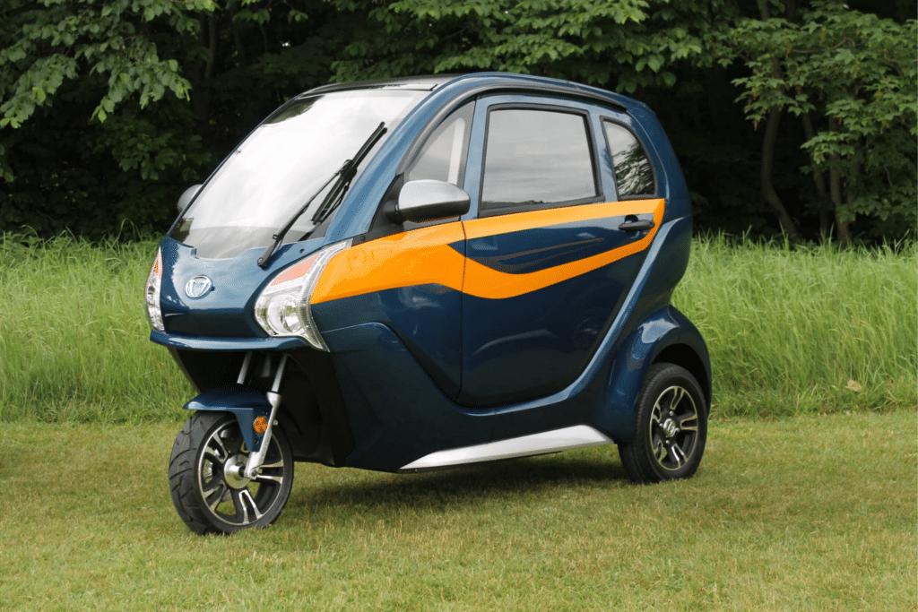 Nordic 40 blå metallic kabinescooter
